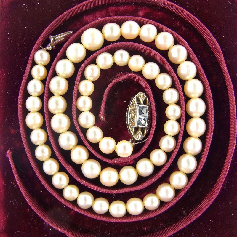 Cultured pearl necklace, retailed by Garrard & Co - Image 2
