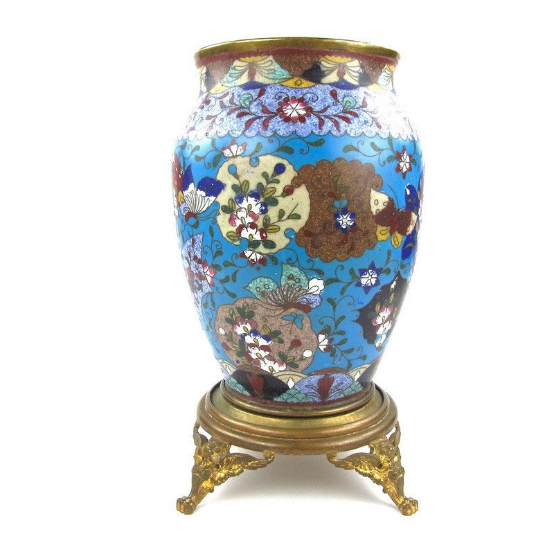 A Chinese cloisonne vase, 19th century - Image 1