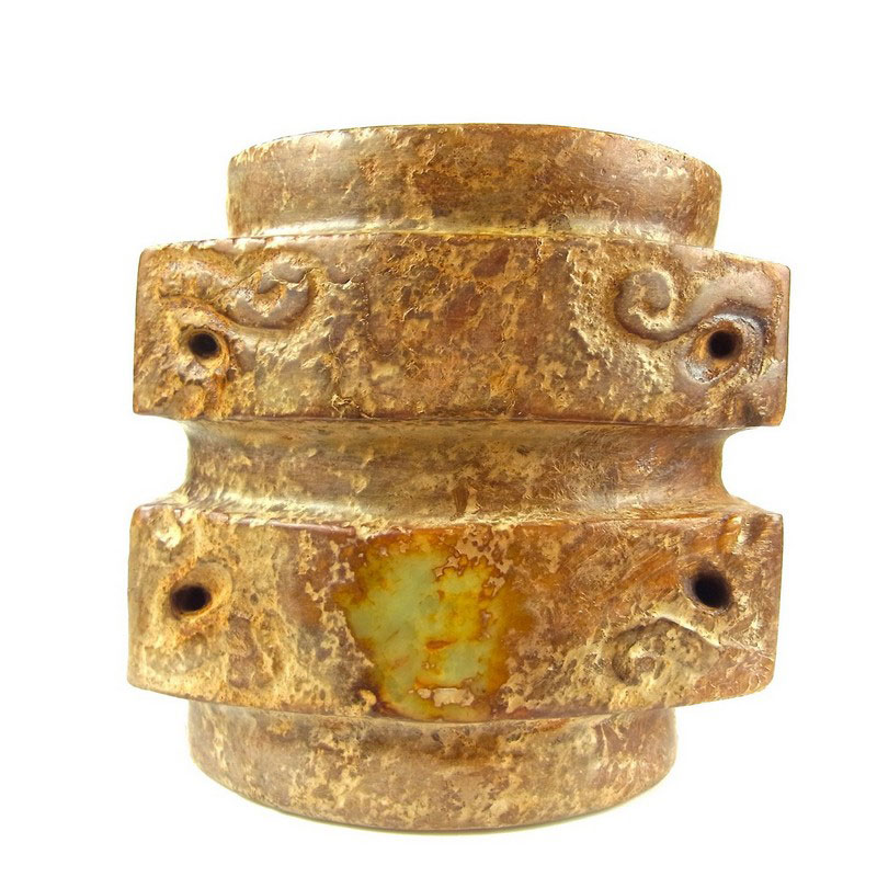 A Chinese jade and hardstone cong - Image 1