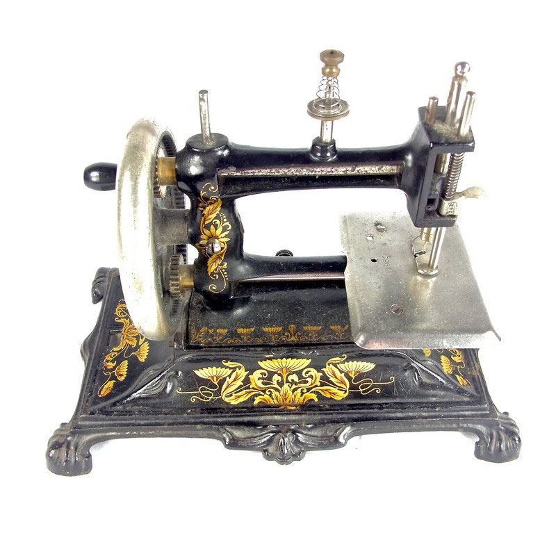 A German Muller 40 Sewing Machine Early 40th Century Classy Muller Sewing Machine